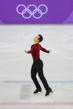 Patrick Chan skates to a 1st place finish in the Men's free skate. (Photo: Greg Kolz)